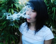 hot-girl-smoking-weed
